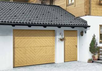 Schöne Garagen-Nebentür